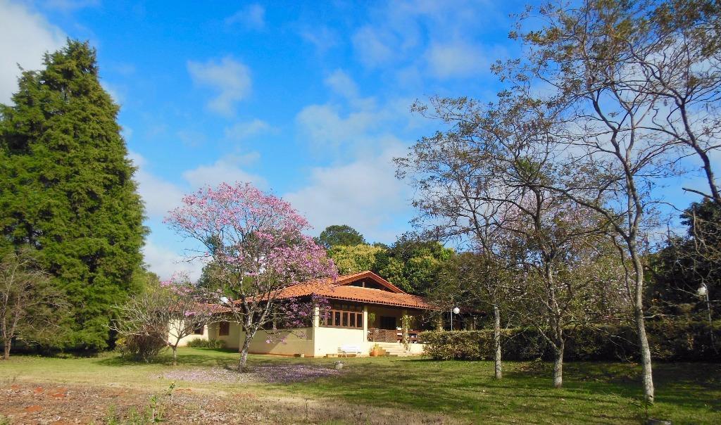 Lindo sítio em Araçoiaba da Serra com 3 reservas naturais