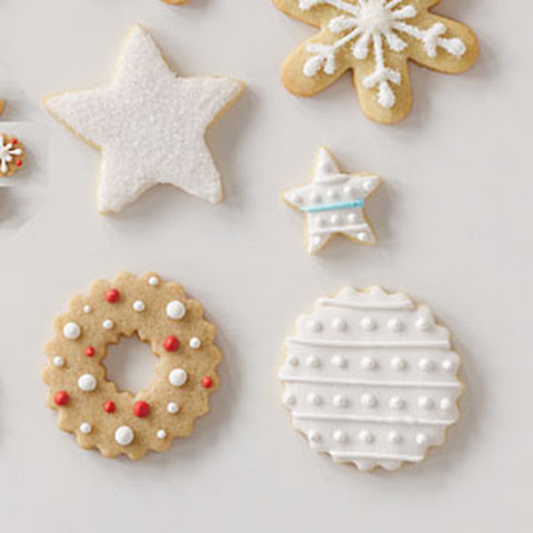 icing gingerbread with royal icing cookies with royal icing moravian ...