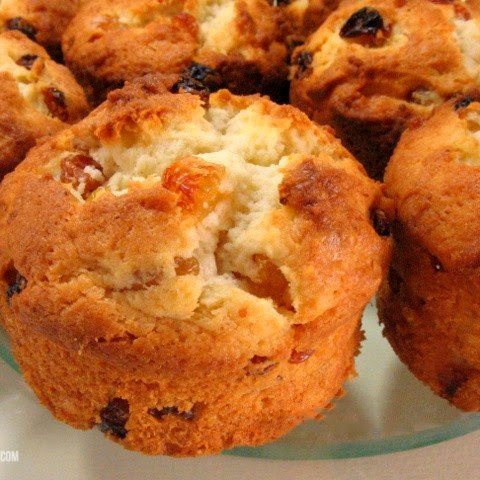 Delicate Cottage Cheese Muffins
