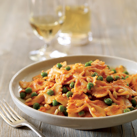 Farfalle with Tomato-Goat Cheese Cream Sauce