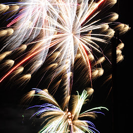 freeze frame life by Savannah Eubanks - Abstract Fire & Fireworks