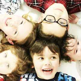 Cousins by Vix Paine - Babies & Children Child Portraits ( child, sister, heads, daughter, son, cousin, circle, kids, brother, cousins, .children )