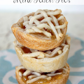 Homemade Mini Peach Pies