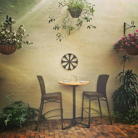 Table for 2? Outdoor cafe in Vero Beach, Fl at Osceola Bistro. #floridalife (view on Instagram http://bit.ly/22k06BN) by Robin Martin - Instagram & Mobile iPhone