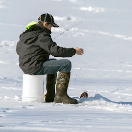 Cold Fishing by Robert George - Sports & Fitness Other Sports
