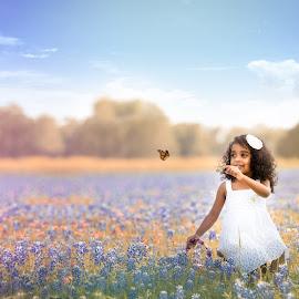 Spring. by Kreativelens Photography - Babies & Children Child Portraits ( wild flower, family, texas, white, brenham, kids, blue bonnet, portrait )