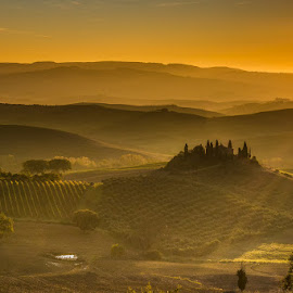 The morning is golden by Fiorenzo Rosa - Landscapes Sunsets & Sunrises