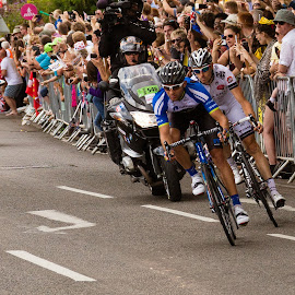Tour de France by Andrew Moore - Sports & Fitness Cycling