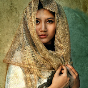 dita by Fadjar Nurswanto - People Portraits of Women