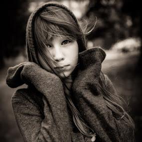 Lara by Holger MC - Babies & Children Child Portraits ( child, holgermc, little girl, girl, naturlichtkinder, moody, portrait )