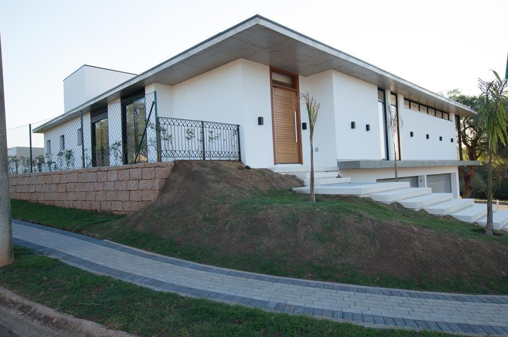 Encantadora casa em condomínio com 4 dormitórios, sendo 2 suites,  à venda, com 374 m² por R$ 1.696.000 - Jardim dos Lagos - Indaiatuba/SP