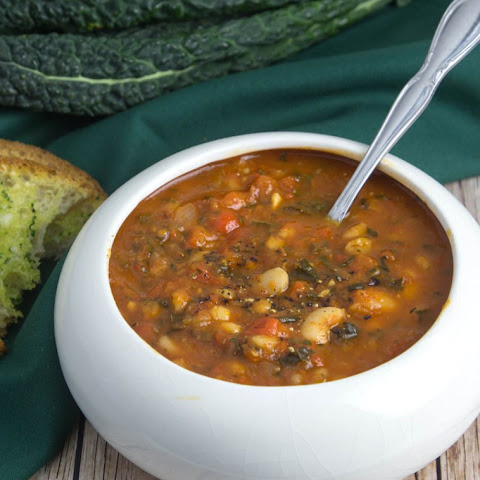 Roasted Capsicum Soup with Kale, Barley & White Beans
