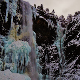waterfall of ice by Thor Erik Dullum - Landscapes Weather ( waterfalls, seasonal, winter, season, waterscape, ice, snow,  )