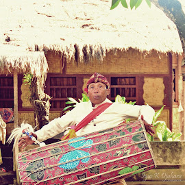 Gendang Beleq's player by Iyus Djuhara - People Musicians & Entertainers ( indonesia, musical instruments, traditional, lombok, culture )