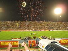 220px-Brazil_vs._Uruguay_Semifinals_Copa_America_2007_-_2