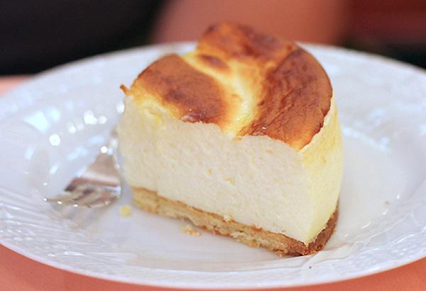 Lemon Ricotta Cheesecake Recipe | Yummly