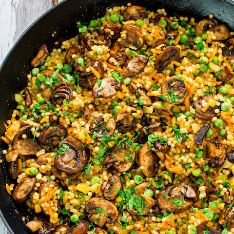 Couscous Pilaf with Sauteed Mushrooms