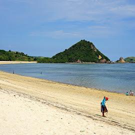 Kuta Mandalika Beach by Mulawardi Sutanto - Landscapes Beaches ( kuta, mandalika, indonesia, lombok, beach, travel, indah, island )