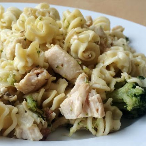 Chicken Divan Recipe with Broccoli and Noodles, Slow Cooker