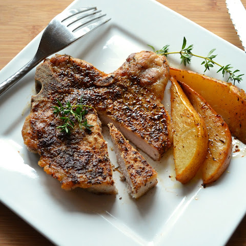 Vanilla Spice Rubbed Pork Chops with Roasted Pears