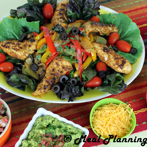 Cinco de Mayo Chicken Fajita Salad