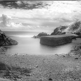 by David Bevan - Black & White Landscapes