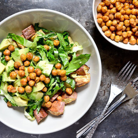 Spicy Crunchy Roasted Chickpeas