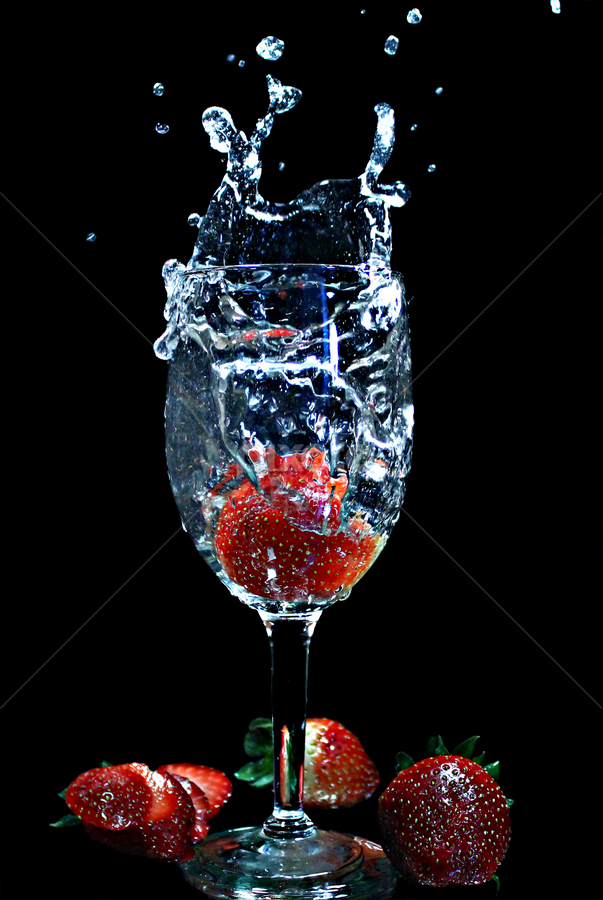 by Dipali S - Food & Drink Fruits & Vegetables ( water, fruit, splash, fresh, food, drink )