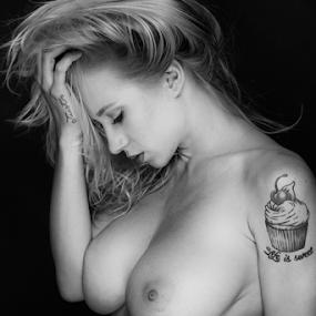 Life is sweet by Reto Heiz - Nudes & Boudoir Artistic Nude ( erotic, sexy, girl, topless, nude, nudeart, tatoo, portrait, sensual )