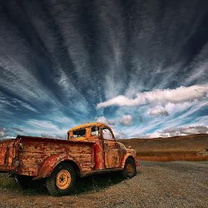 Old Truck 1600.jpg