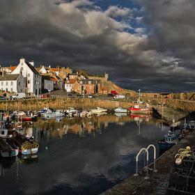 2.Crail Harbour_a.jpg