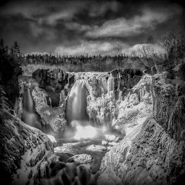 High Falls Black and White by Don Malcolm - Black & White Landscapes ( water, winter, ice, waterfall, canyon )