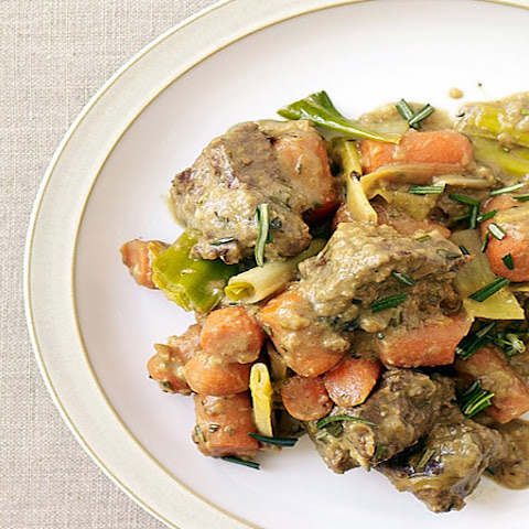 Slow Cooker Lamb Stew with Leeks and Carrots
