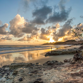 Sunrise in Camurupim Beach by Rqserra Henrique - Landscapes Beaches ( clouds, brazil, rqserra, sunrise, beach, sun )
