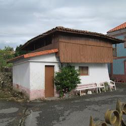 Estebanina, La