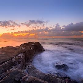 The rocks by Christianto Mogolid - Landscapes Sunsets & Sunrises ( waves, seascape, rocks, sunset, colud, splash,  )