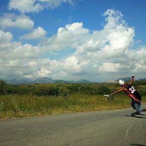 Toeside by Leonardo Cardoso - Instagram & Mobile Android ( skate, toeside, nature, longboard, trick, sk8 )