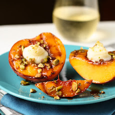 Grilled Peaches with Mascarpone, Pistachios and Balsamic Glaze
