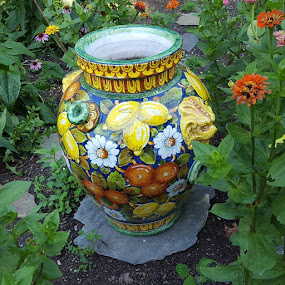 Garden Urn by Charlotte Burnett - Artistic Objects Still Life