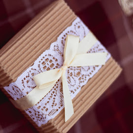 rustic decor by Катерина Зверева - Wedding Details ( lace, gift box, bowknot, cardboard, rustic decor )