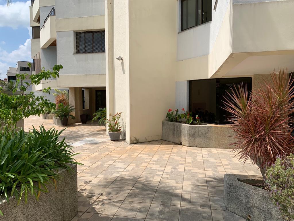 Apartamento com 3 suítes para locação - Vinhedo/SP