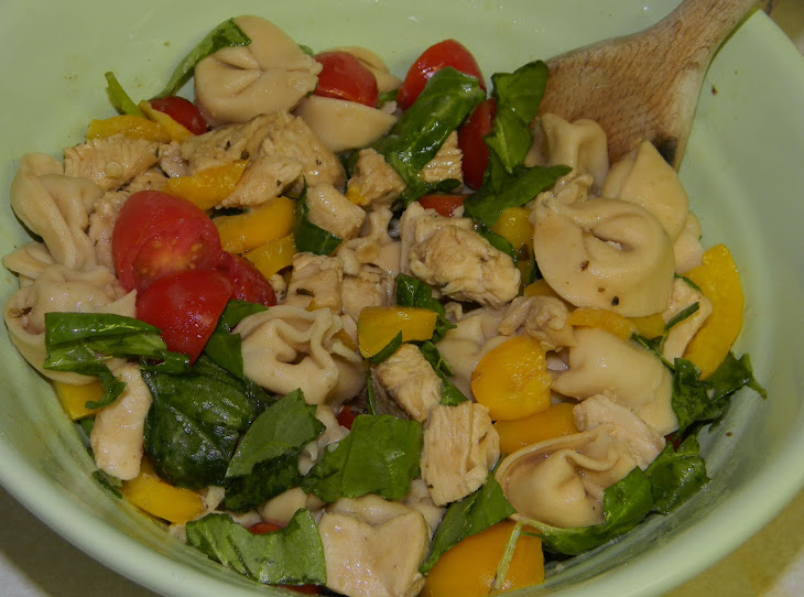 Balsamic Chicken, Spinach + Tomato Tortellini Salad Recipe | Yummly