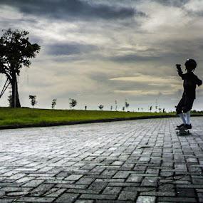 Little Skater by Kèn Nugraha - Instagram & Mobile Other ( skateboarding, dn, sk8, surabaya )