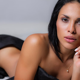 Fer by Luis Alonso Ramirez - Nudes & Boudoir Boudoir ( erotic, lips, beauty, sensual, eyes )