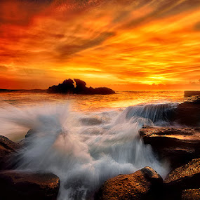 Phoenix by Raung Binaia - Landscapes Sunsets & Sunrises ( sunset, sunrise, beach,  )