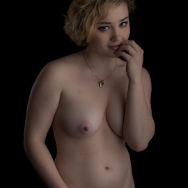by Mg Photography - Nudes & Boudoir Artistic Nude