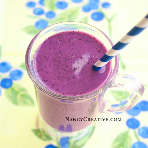 Blueberry Green Tea Smoothie
