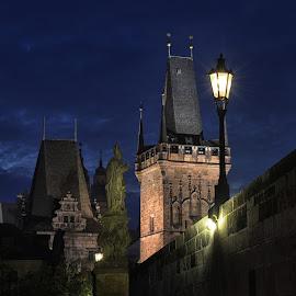 Charles Bridge Prag by Miloš Kluiber - Buildings & Architecture Architectural Detail