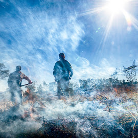 by Niko Knigge - People Street & Candids ( nature, grass, veld, smoke, fire )