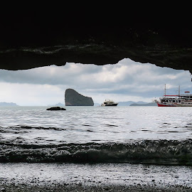 Boat in the cave by Fernanda Paixão - Landscapes Travel ( sky, ta, thailand, sea, seascape, cave, boat )